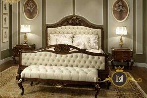 Tempat Tidur Mewah Italian Jati Modern